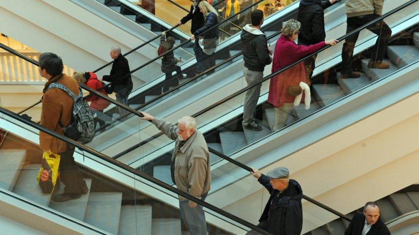 Verkäufer Jobs Berlin : berliner verk ufer streiken bei galeria kaufhof berlin aktuell berliner morgenpost ~ Aude.kayakingforconservation.com Haus und Dekorationen