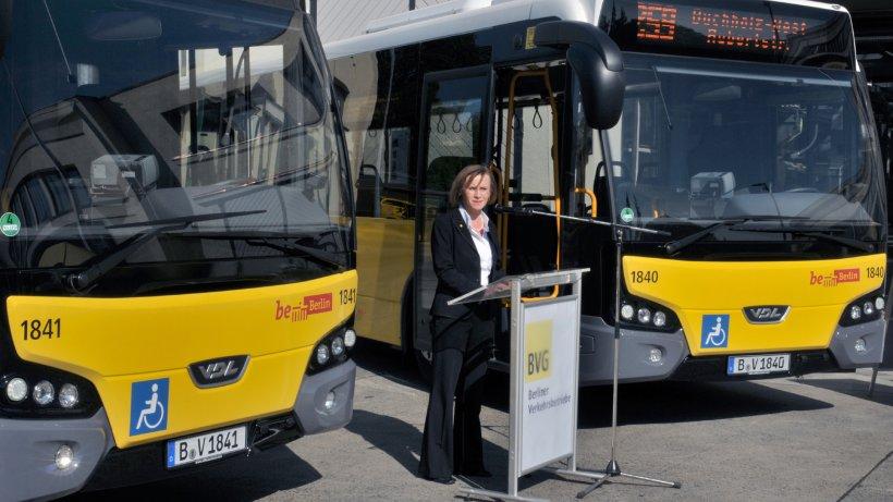 Berlin Bekommt 156 Neue Gelenkbusse Von Der Stange