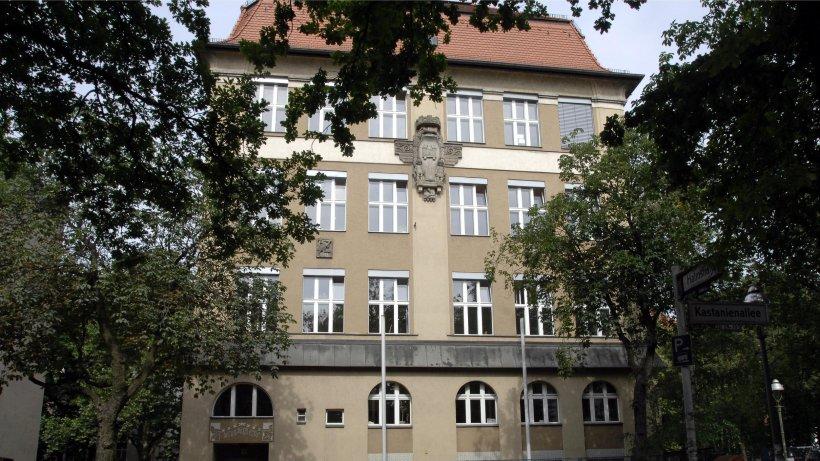 lehrer soll 13 jahre alten sch ler missbraucht haben berlin aktuell berliner morgenpost. Black Bedroom Furniture Sets. Home Design Ideas