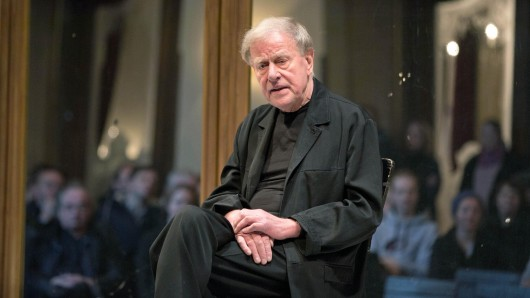 Manchmal geht es unter die Gürtellinie: Claus Peymann (Foto), Intendant des Berliner Ensembles, greift derzeit massiv den Berliner Kulturstaatsekretär Tim Renner an