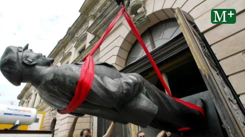 Die Lenin Statue Ist Zur U00fcck In Berlin Berliner Morgenpost