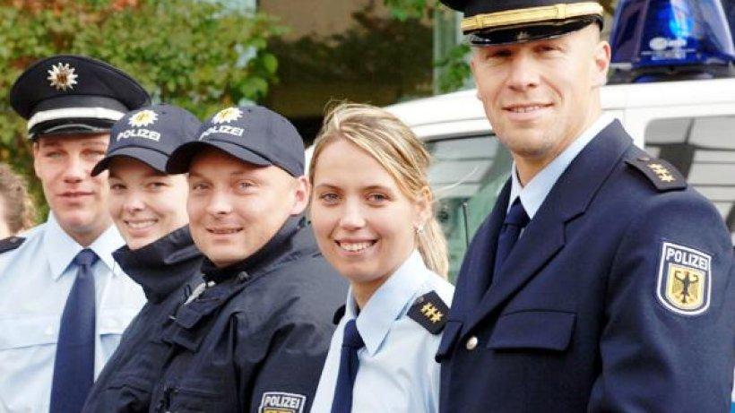 die bundespolizei tr u00e4gt k u00fcnftig blaue uniformen