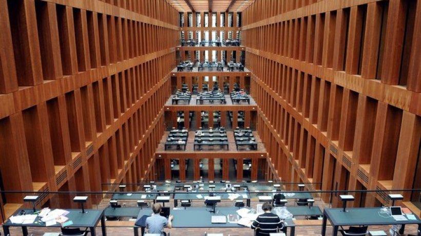 Pl 228 Tze In Neuer Grimm Bibliothek Werden Knapp Berlin