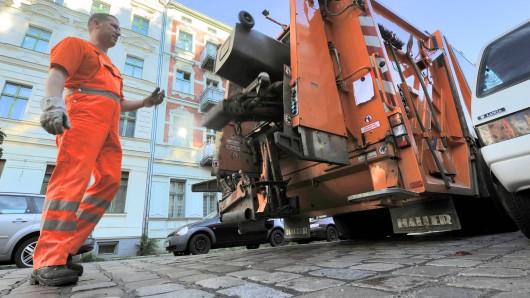 Nach zwei Jahren Preisstabilität hat die Berliner Stadtreinigung (BSR) angekündigt, ihre Tarife zum 1. Januar 2013 um knapp vier Prozent anzuheben