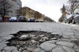 An vielen Berliner Straßen besteht akuter Handlungsbedarf