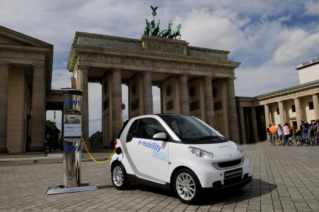 Berlin bremst beim Ausbau der Elektromobilität - Berlin - Aktuelle ...