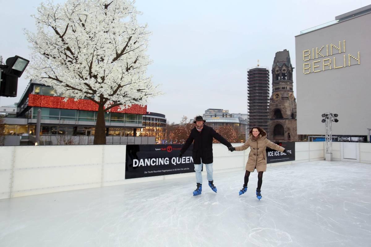 Schlittschuhlaufen Berlin Weihnachtsmarkt.Das Sind Berlins Schönste Eisbahnen Berlin Aktuelle Nachrichten