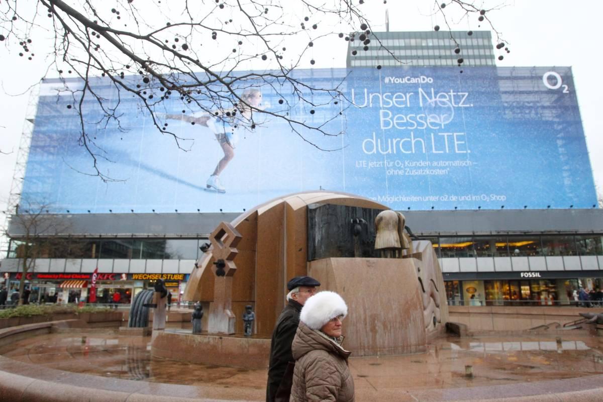 """0cdb1777b9ac3f Als die Ärzte """"Teenagerliebe"""" im Europa-Center drehten -  Charlottenburg-Wilmersdorf - Berliner Morgenpost"""
