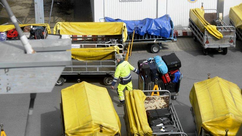 chaos in tegel noch 450 herrenlose koffer im flughafen. Black Bedroom Furniture Sets. Home Design Ideas