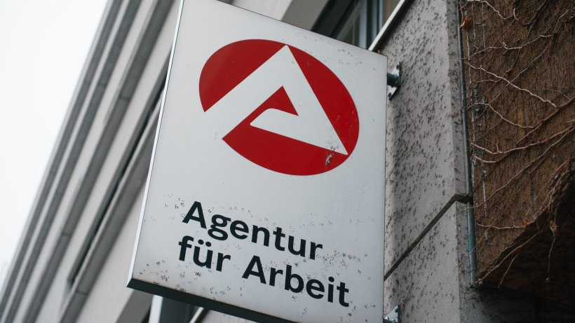 arbeitslosigkeit in berlin steigt leicht auf 10 1 prozent. Black Bedroom Furniture Sets. Home Design Ideas