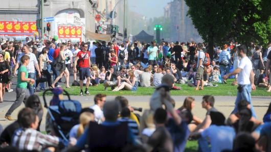Immer voll: Beim Myfest in Kreuzberg geht es hoch her