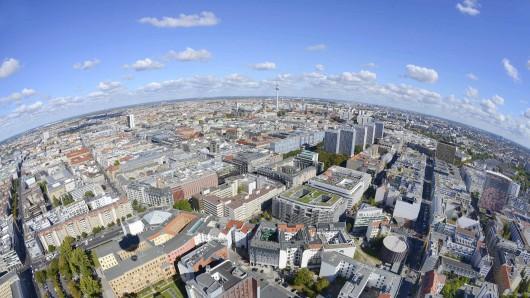 Berlin von oben: Die Stadt wächst und braucht neuen Wohnraum