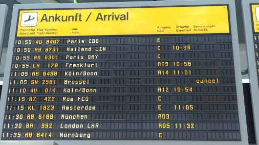 Tegel Anzeigetafel Flughafen