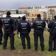 Polizisten beim sogenannten Kiff-in im April 2015 im Görlitzer Park
