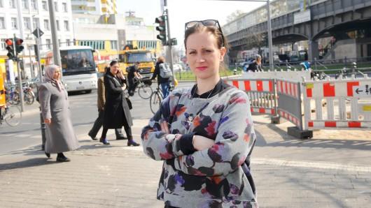 Stephanie Steger hat keine Angst, wenn sie am Kottbusser Tor unterwegs ist. Sie habe dort noch keine brenzlige Situation erlebt, sagt sie