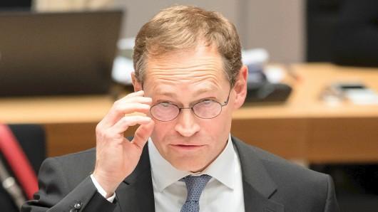 Für Berlins Regierenden Bürgermeister Michael Müller (SPD) ist die Filz-Affäre noch nicht beendet