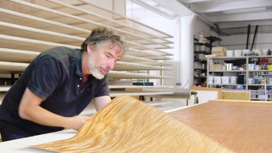 Das Büro von Ulrich Welter ist zugleich auch Showroom für seine Tapeten