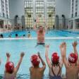 Erst am heutigen Dienstag wieder geöffnet: Im Stadtbad Schöneberg bekommen Kinder und Jugendliche Schwimmunterricht