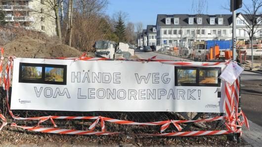 Im Park von Lankwitz sollen 200 Bäume gefällt werden. Dagegen wehren sich Anwohner, Bezirkspolitiker und Naturschutzverbände