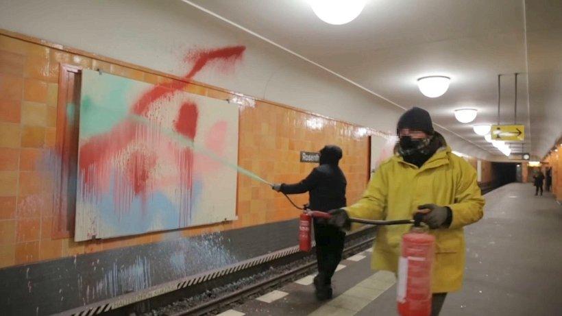toy crew bekenner video von graffiti attacke aufgetaucht mitte berliner morgenpost. Black Bedroom Furniture Sets. Home Design Ideas