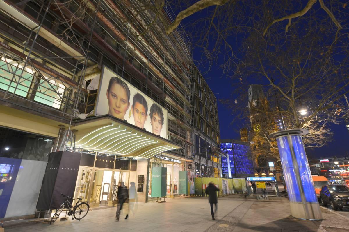adab10f84fbeab Berlins Gloria-Palast wird abgerissen - trotz Denkmalschutz - Berlin -  Aktuelle Nachrichten - Berliner Morgenpost