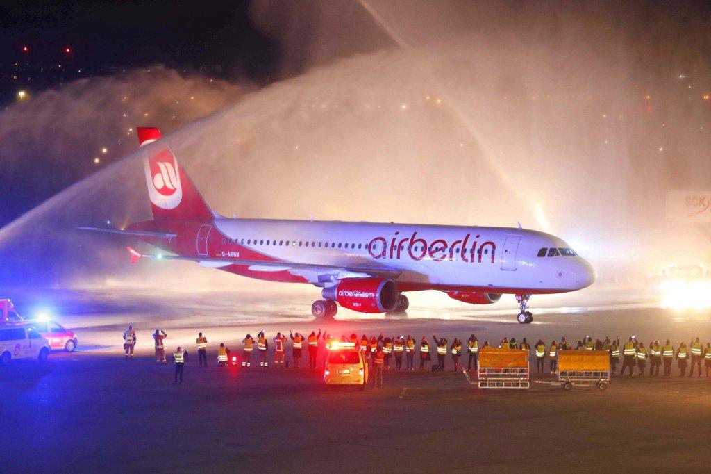 Wie Berlin und seine Airline voneinander Abschied nahmen - Berlin ...