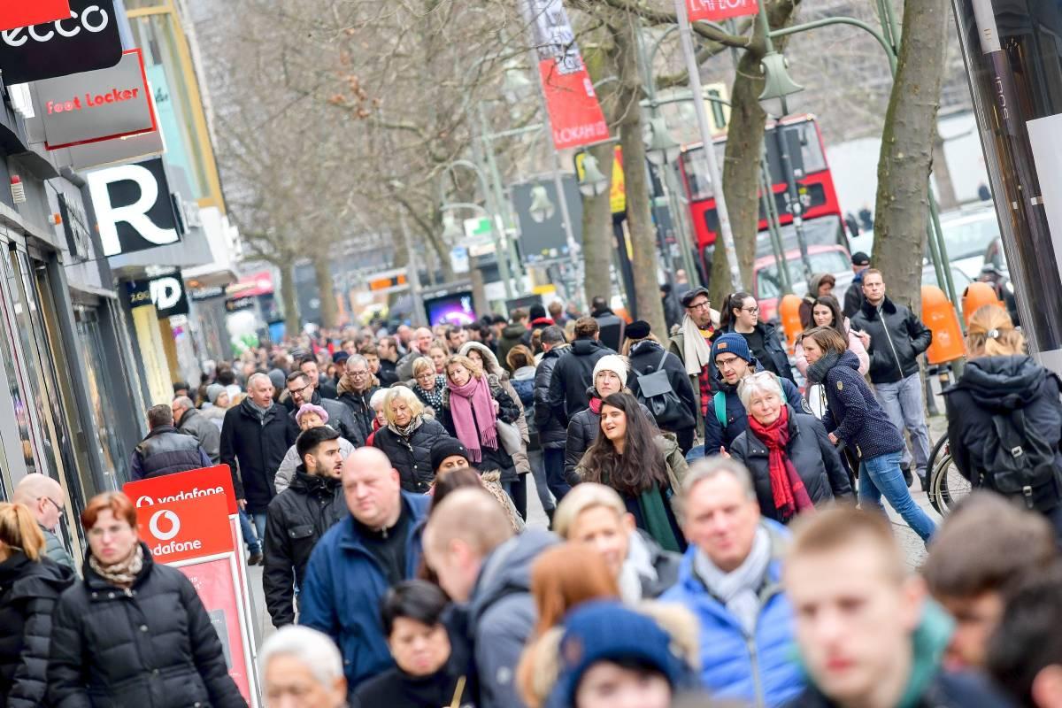 Verkaufsoffener Sonntag In Berlin 150 Geschäfte öffnen Trotz