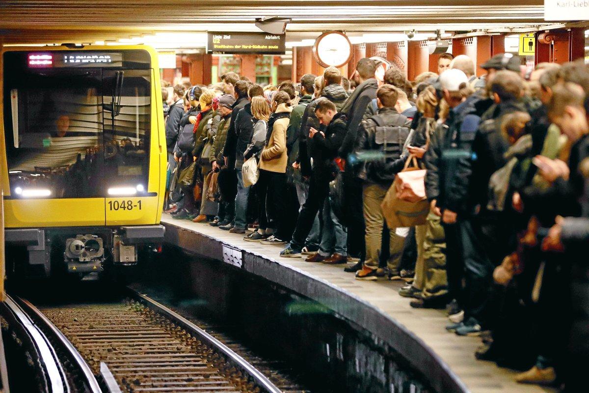 U2 zwischen Alexanderplatz und Pankow unterbrochen