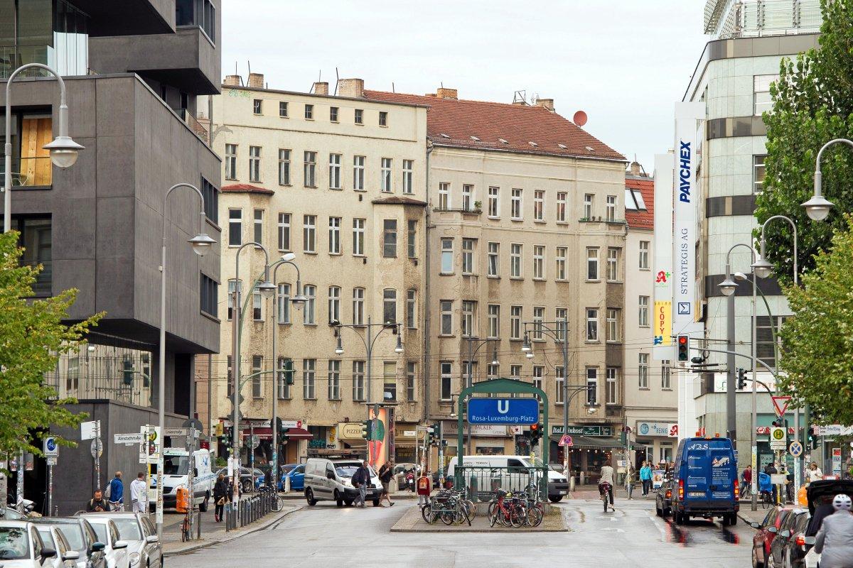 U-Bahnlinie U2 in Berlin: Verkehr unterbrochen - Tunnelstatik wird geprüft