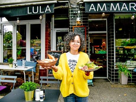 Sarah Sever ist die Chefin vom Café Lula am Markt am Breslauer Platz in Friedenau.