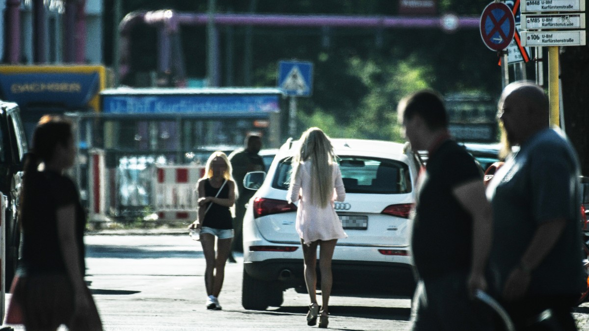 In berlin straßenstrich Corona: Prostituierte