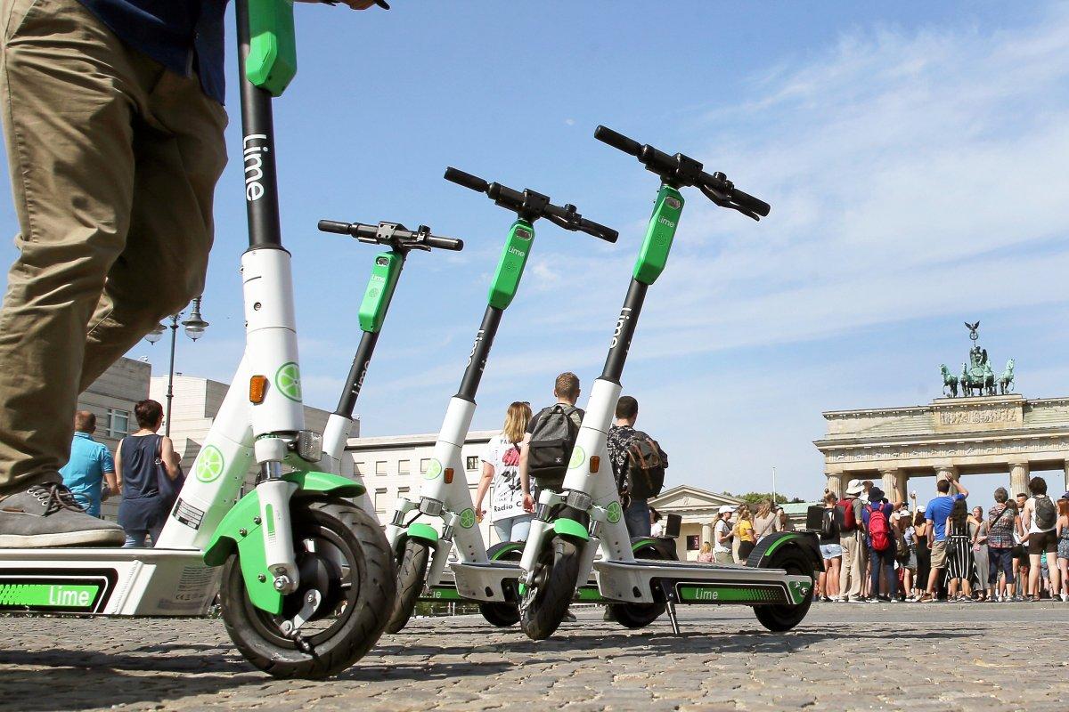E-Scooter in Berlin verstopfen Berlins zentrale Bezirke - erster Unfall