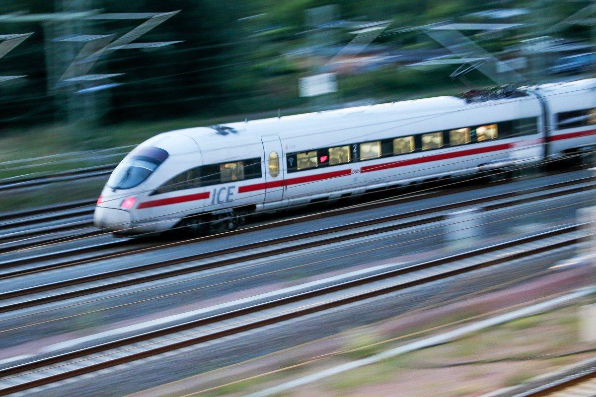Deutsche Bahn Bauarbeiten: ICE-Strecke Berlin–Hamburg voll gesperrt - auch RE 2 betroffen - das bedeutet es für Pendler