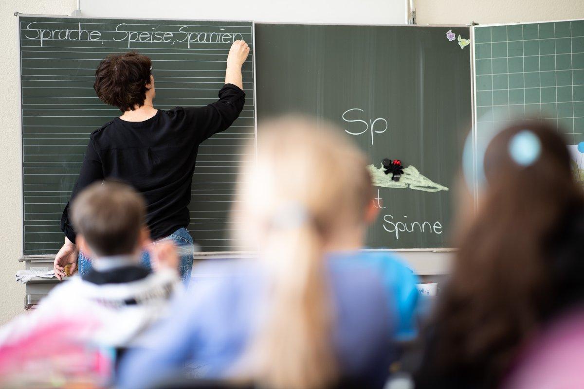 CDU will Lehrer mit Sonderprämie nach Berlin locken