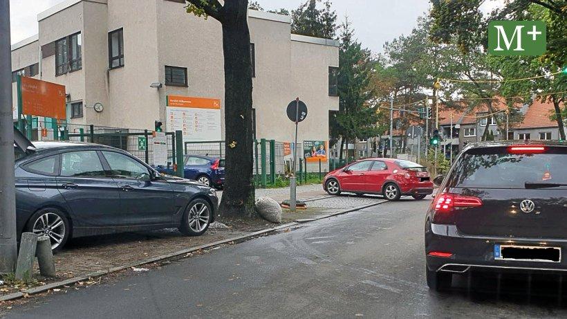 Reinickendorf: Volle Container - Recyclinghof in Heiligensee zu klein