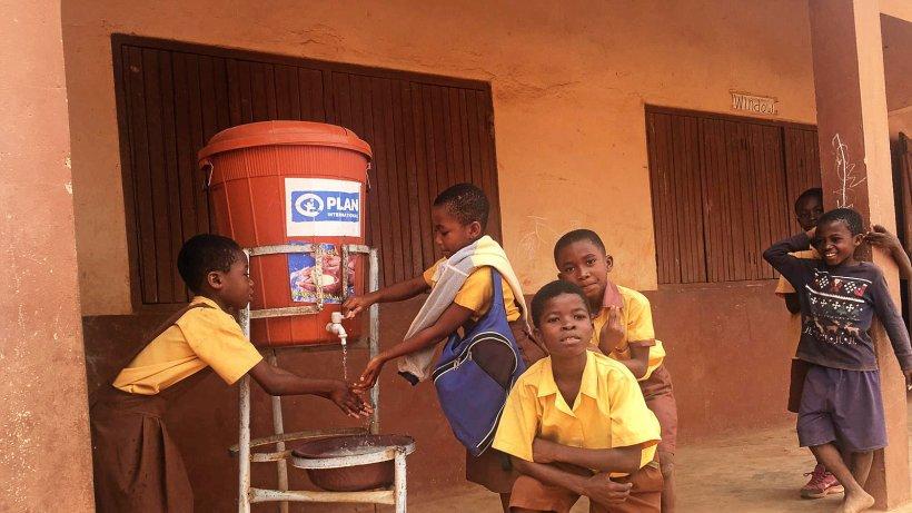 Berliner helfen: Sauberes Wasser für Ghana