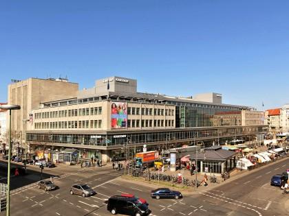 Karstadt am Hermannplatz (Neukölln): Straße soll mitten
