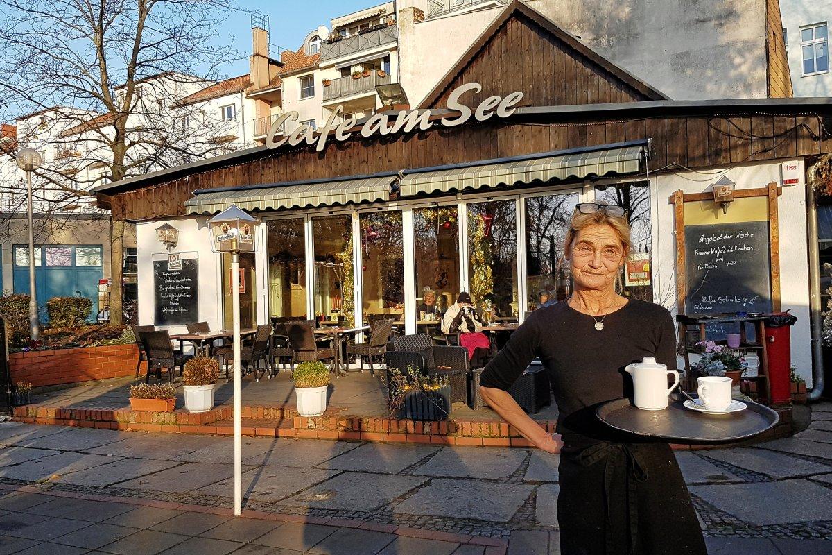 Hausmannskost und persönliche Gespräche im Café am See