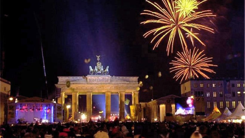 gr te silvester party steigt in berlin am brandenburger tor berlin aktuell berliner morgenpost. Black Bedroom Furniture Sets. Home Design Ideas