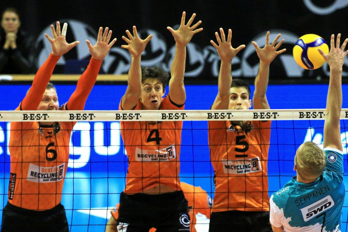 BR Volleys kämpfen Friedrichshafen im Tiebreak nieder