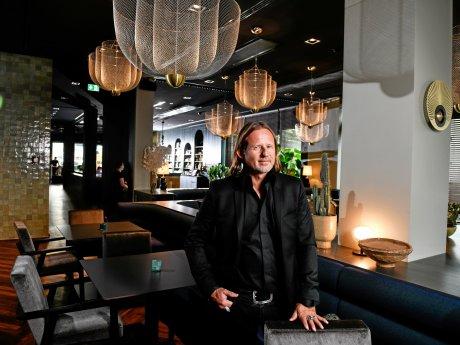 """Ariel Schiff im neu eröffneten """"Romy"""" am Hauptbahnhof. Das Hotel trägt den Namen seiner Tochter."""