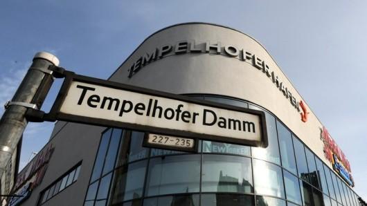 Zwischen 43.000 und 51.000 Laster verkehren täglich auf dem Tempelhofer Damm zwischen Alt-Tempelhof und dem S-Bahnhof Tempelhof