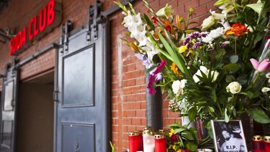 """September 2013: Vor dem """"Soda Club"""" in der Kulturbrauerei starb der 39 Jahre alte Türsteher Sebastian K. nach mehreren Schüssen. Jetzt wurden zwei Verdächtige festgenommen"""