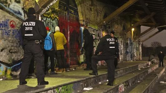 Die Berliner Polizei greift in Kreuzberg vor allem rund um den Görlitzer Park durch. Hier im November 2014 (Archivbild)