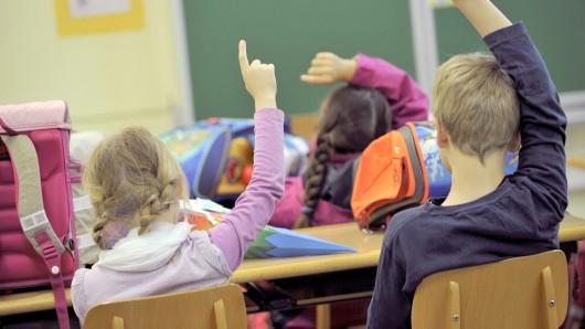 Erstklässler in einer Grundschule