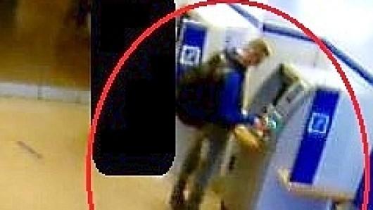 Der Mann soll versucht haben, mit der gestohlenen Karte Geld abzuheben