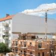 In einem Lückenbau an der Eldenaer Straße in Berlin Friedrichshain entstehen neue Wohnungen. Foto: Hans Wiedl