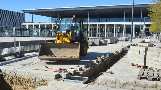Weiterhin Baustelle: Ein Teil des Willy-Brandt-Platzes am zukünftigen Hauptstadtflughafen