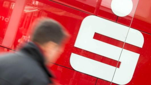 Der Berliner Sparkasse steht die Schließung von zehn Filialen bevor