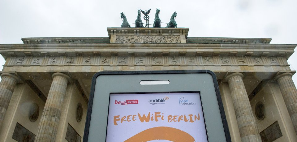 """Im Juni 2016 wurden die ersten 100 Access-Points von """"Free WiFi Berlin"""" aktiviert"""